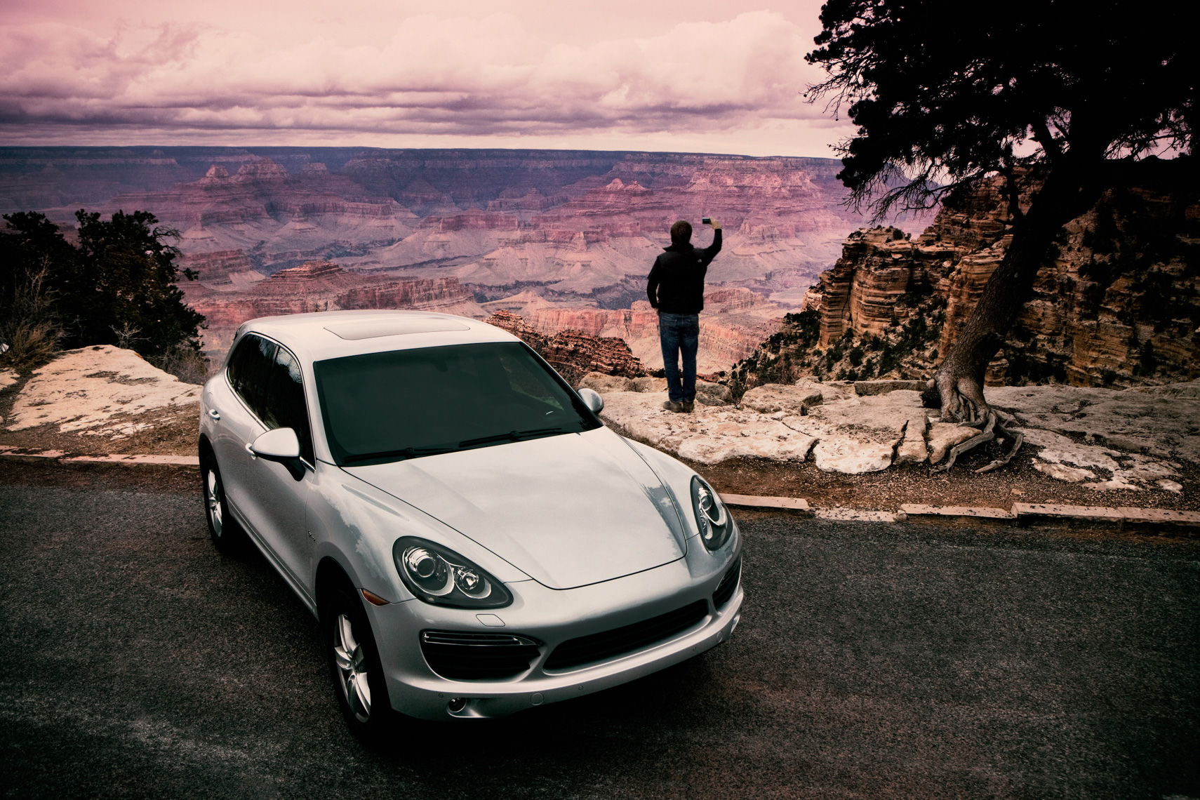 Porsche Cayenne Ad by commercial automotive car photographer Michael Grecco