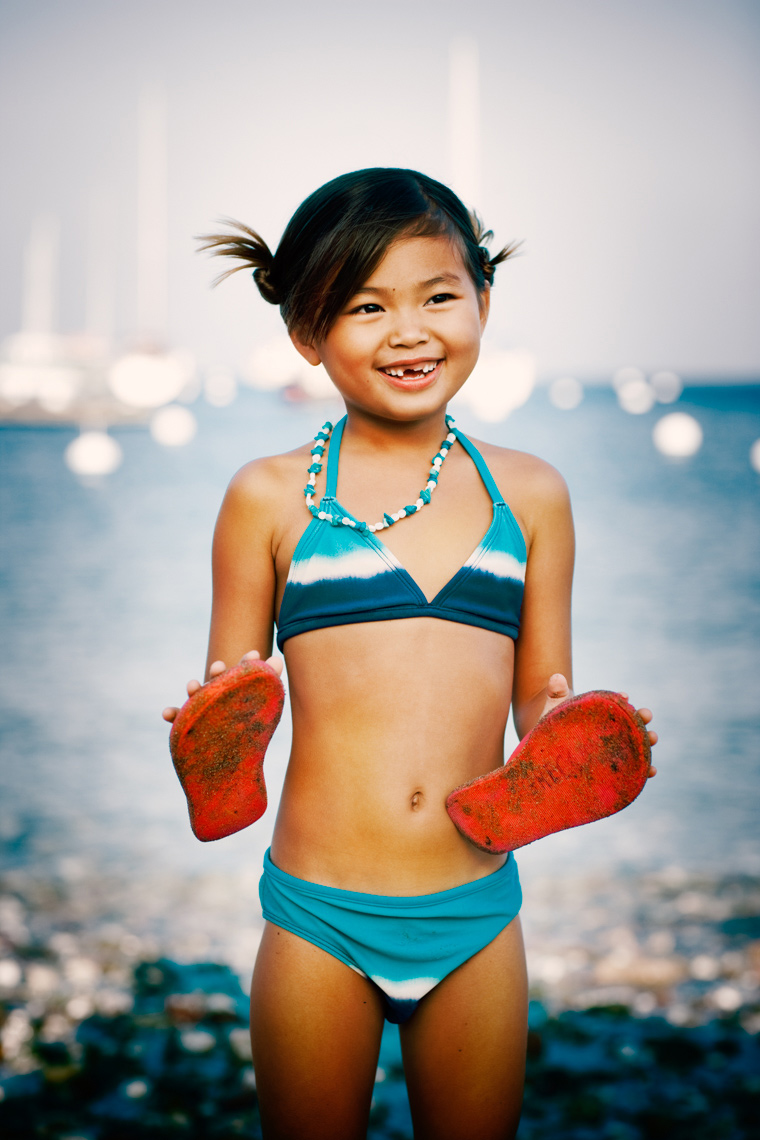 little girl beach Portrait by commercial celebrity advertising photographer Michael Grecco