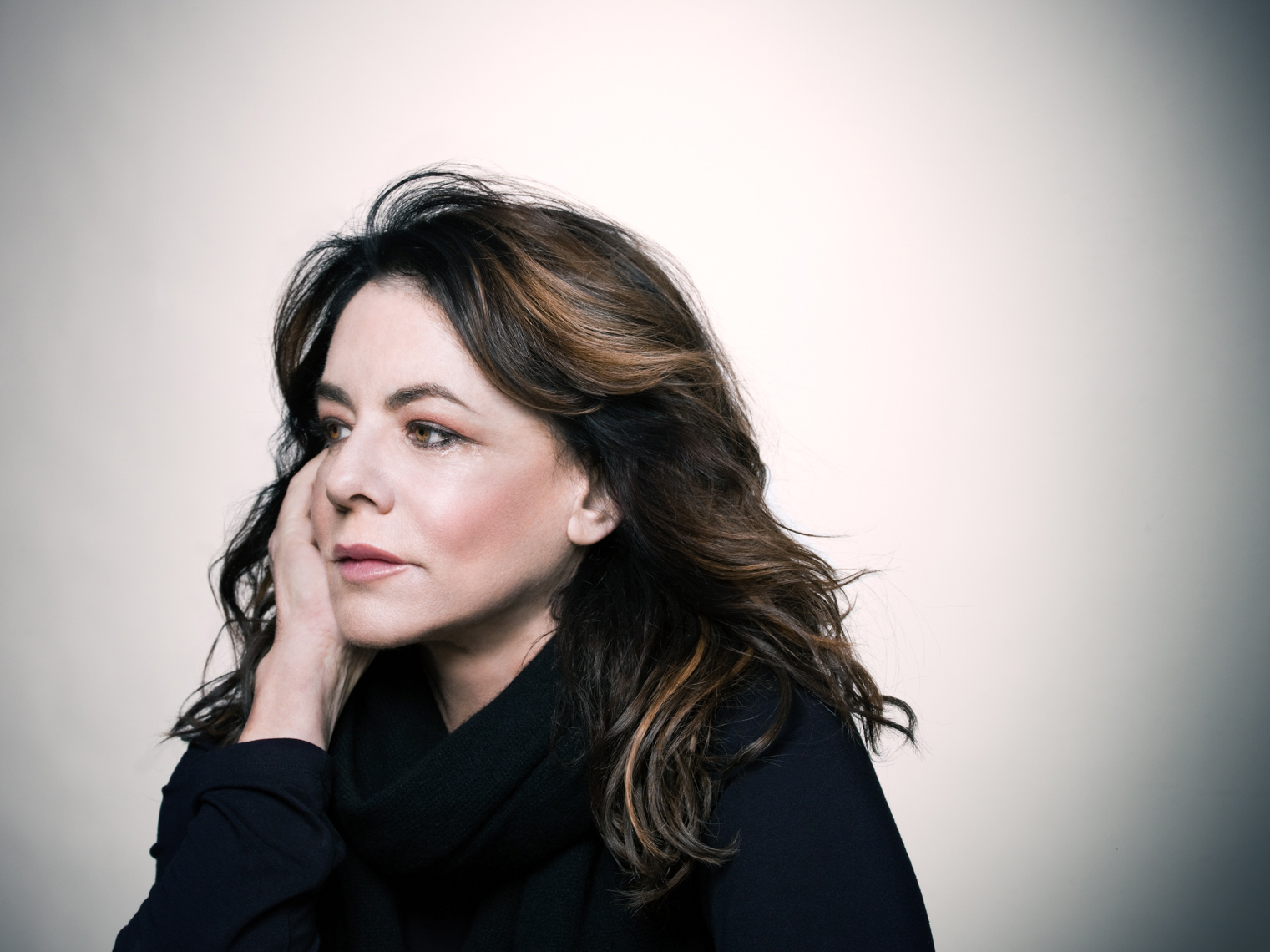 Stockard Channing Portrait by commercial celebrity advertising photographer Michael Grecco